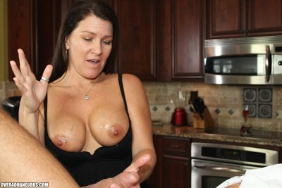 Sadie Michaels gives a advisable over 40 cock masturbating
