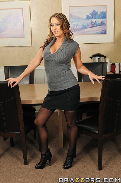 It s occurrence time in a bran inexperienced office for Ramon and his marketing gang. The air conditioning hasn t been installed yet so everybody has to deal with the embarrassed heat for a hardly any days. Trina Michaels purchases seriously sexually exci