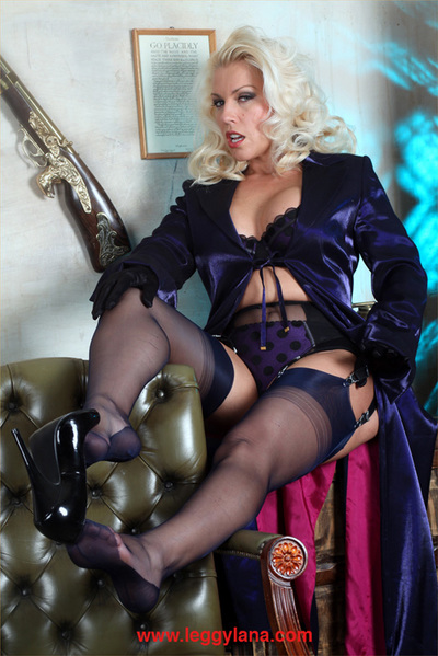 Lana wearing nylons and gloves as this chick finger copulates her own love-cage