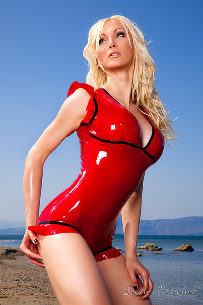 Susan Wayland in Sumptuous Latex Ferventness with 104 superb latex pictures.