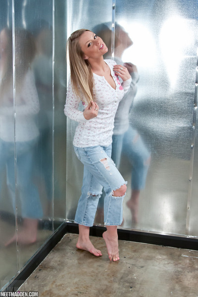 Sweet blond madden in her jeans and strings
