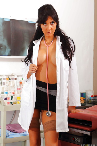 Sweaty doctor angel Diana Prince disrobes off uniform and location in