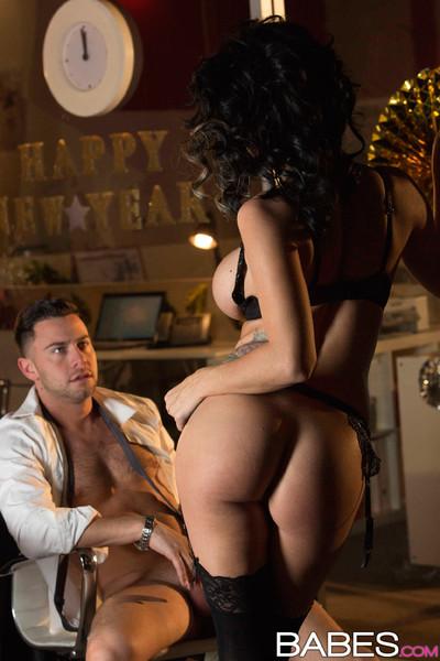 Peta jensen drills her fella in his office on inexpert years eve