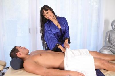 nuru massage organized 75