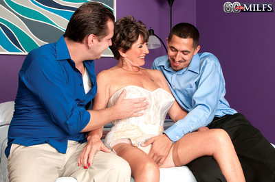 Bea Cummins Returns...for A Threesome!