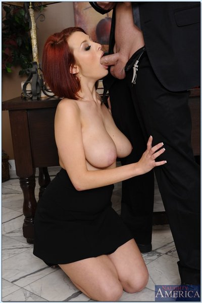 Bosomy office cunt Jessica Robbin gives a cocksucking and gains shagged