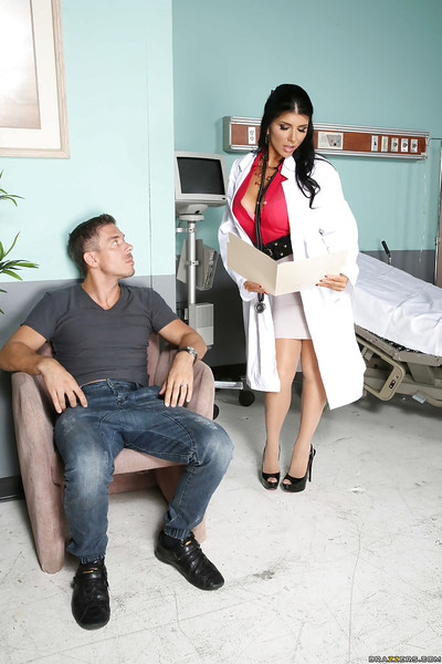 Horny doctor Romi Rain giving one of her patients a clammy facefucking