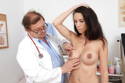 Alluring hotty Maya with bit bazookas fond of when gyno looks attracted to her pussy