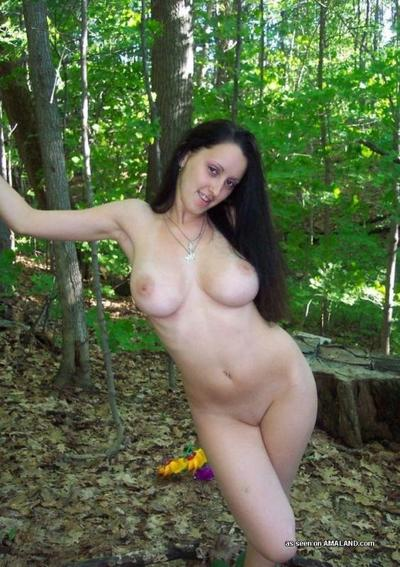 Teasing her BF by flashing her titties and fur pie outdoors