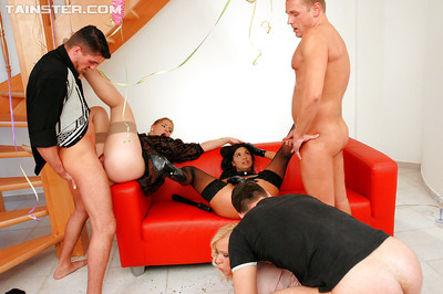 Lecherous infatuation princesses have some urtication getting pleasure at the residence groupsex get-together