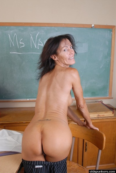 Raunchy grown up Nancy attains from bottom to top as mother gave birth in the school room
