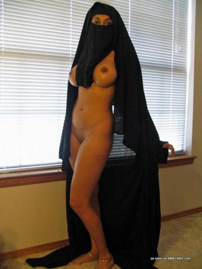 Dirty big-tittied girlfriend posing exposed