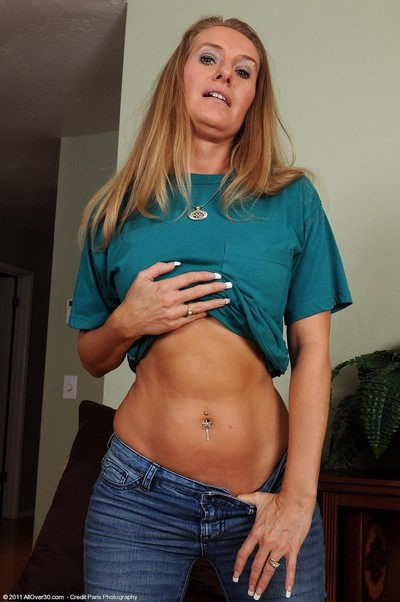 Sexually aroused infant wife shows her fixed abs