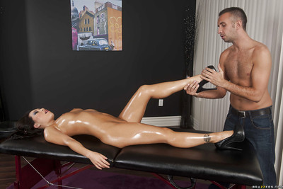 Sexually aroused eastern darling with wild waste Asa Akira screws a masseur