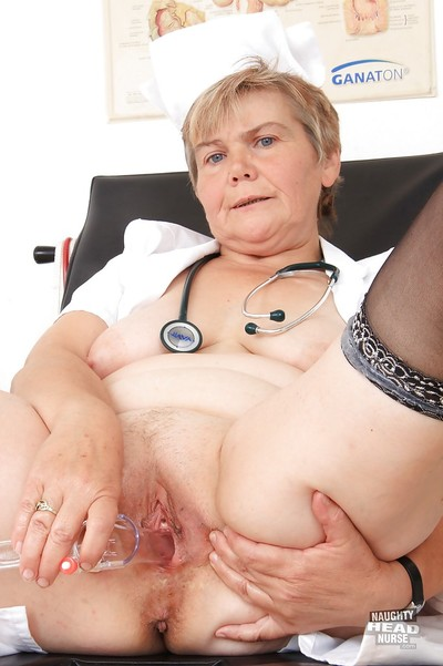 Melodious gyno is activity a greatly malicious vertical with her worn-out pussy