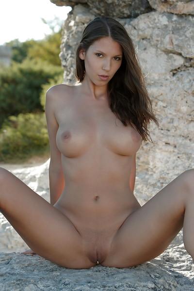 Showy hottie pornstar with vast breast is widening legs to show vagina