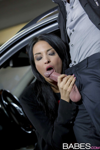 Perspired Euro pornstar Anissa Kate giving a dick sucking in public parking lot