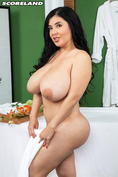 Pornstar lalin girl daylene rio massage fucking action photos