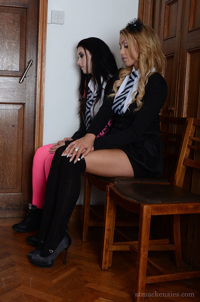 Nasty lesbo schoolgirls Harriett Gray and Lainey Watson disrobe