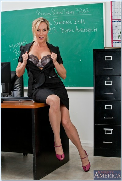 Pleasing MILF tutor in nylons Brandi Love showing off her goodies