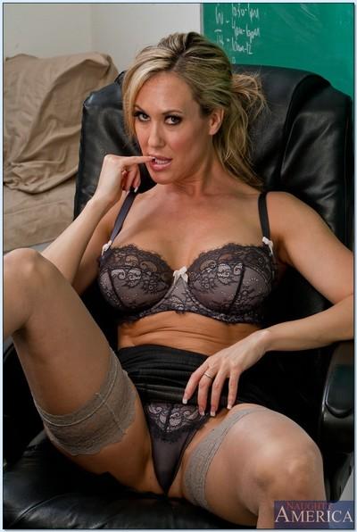 Pleasing MILF tutor in nylons Brandi Love showing off her goodies