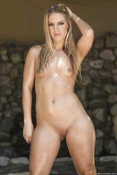 Fairy-haired doll with inflexible anus Candice Challenge shows off her oiled wobblers