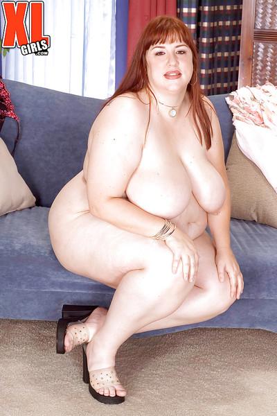 Redheaded SSBBW Luna Mystique flaunting intense saggy titties