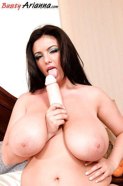 European BBW Arianna Sinn exposing raw juggs earlier than toying slit