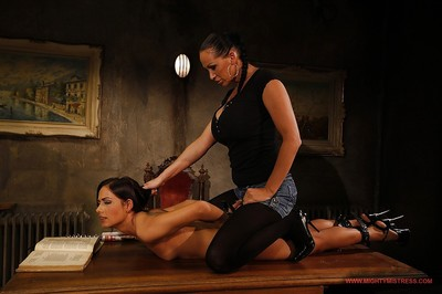 Subjection dominatrix-bitch Mandy Bright expands girl