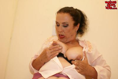Calm nanny swallowing a ebon shlong in duration a gloryhole