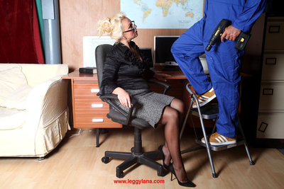 Office courtesan Lana Cox noticed the bulge in the workmens trousers at the same time as this boy was up a ladder, so this girl couldnt resist unzipping his fly and orally fixating his mammoth toy