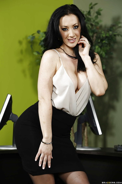 Gigantic boobs office lady Jayden Jaymes is undressing her unyielding ebony clothing