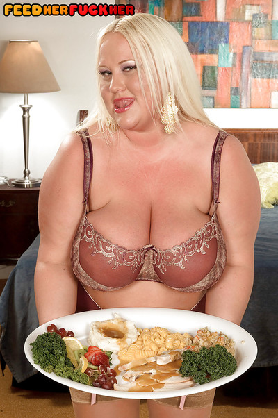 Boobsy bbw fairy-haired in nylon nylons and lacy sexy pants smoking delivery gentleman
