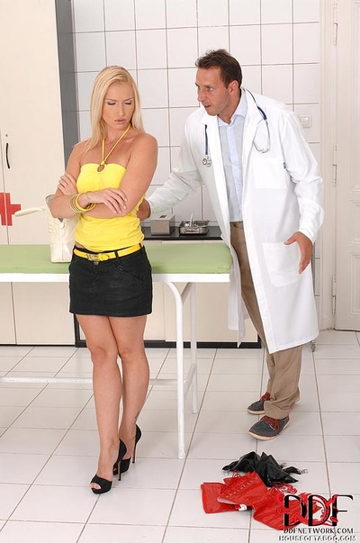 Clammy fairy-haired has without clothes booty spanked by perverted Gyno doctor with Bondage tendencies