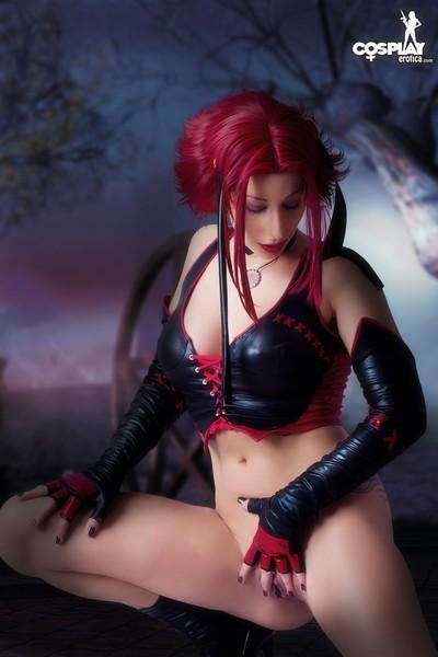 Cosplayerotica  rayne bloodrayne bare cosplay