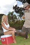 Outdoor R/L makes moist milf Toni full around anus drilling in cum drum boots