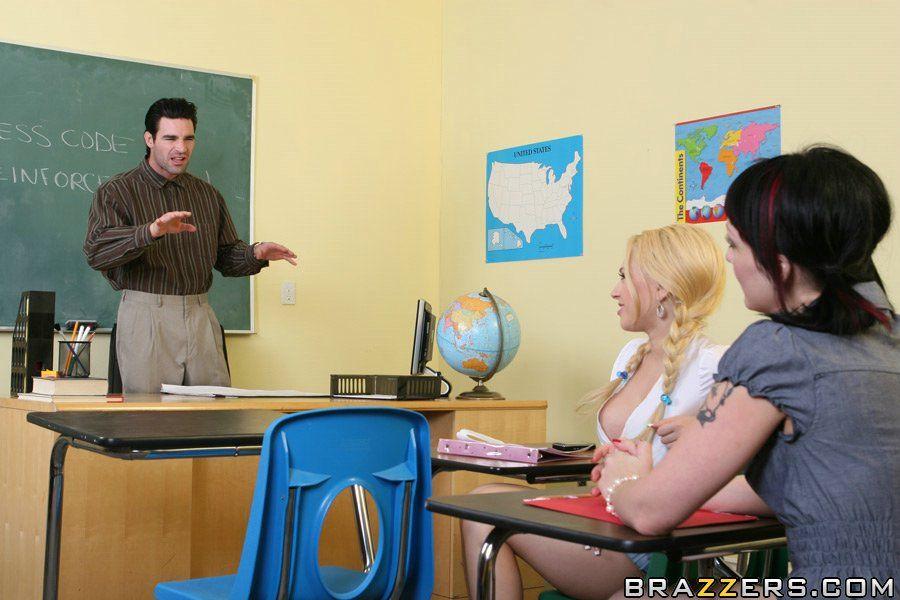 desvestirse estudiantes