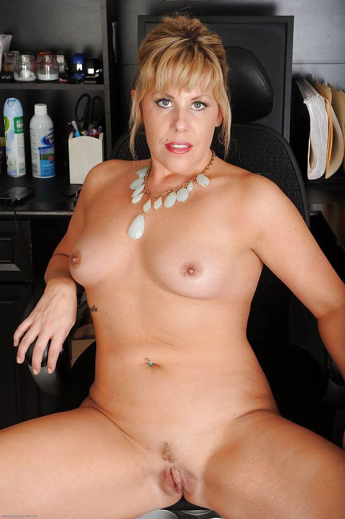 Lucy thai masturbation