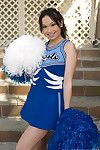Hawt shaggy cheerleader