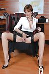 Ready fixation lady not including underwear underside her short skirt widening her pink flaps