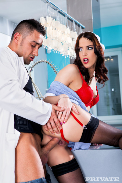 Nurse lyen gives health lessons with her unyielding and round anus