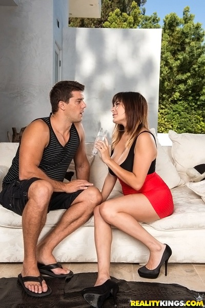 Bosomy latina Mali Luna acquires a huge  subsequently hardcore porking