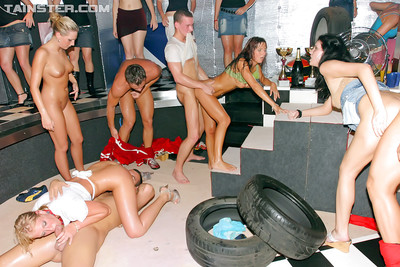 Gorgeous european sluts enjoy damp and fervent groupsex party