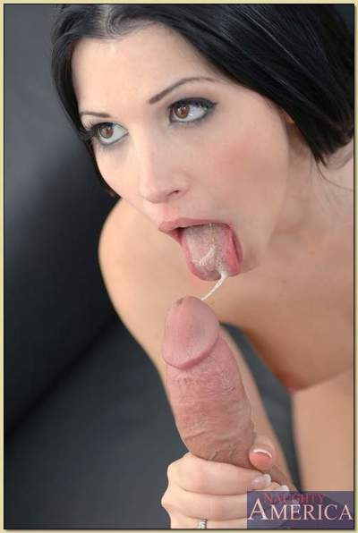 Aberrant latina Rebeca Linares seduced for hardcore R/L fucking