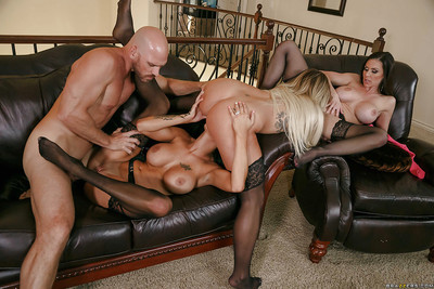 Chesty queens Kendra Lust, Kissa Sins and Peta Jensen reverse gangbang man