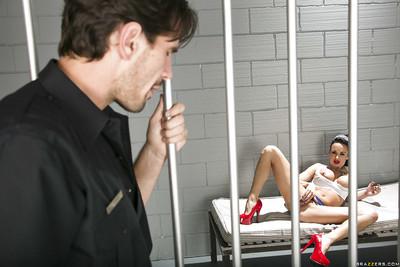 Nasty prisoner seduces her jailer and benefits from her holes bonked hardcore