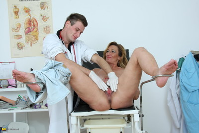 This excited mature slut loves her visits to the doctor