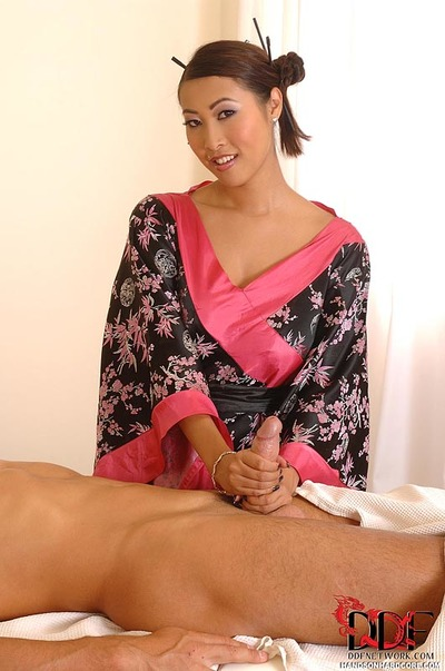 Japanese massagist Sharon Lee jerking cock to happy ending conclusion