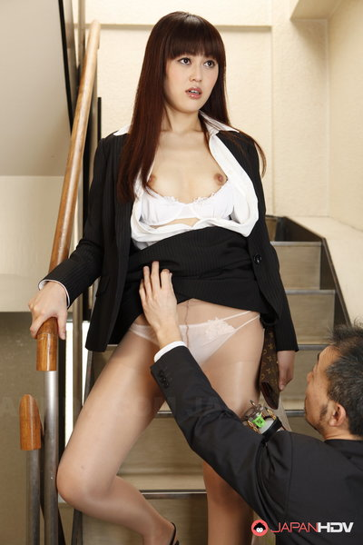 Haruna Sendo gets stripped down used u by a time traveler.