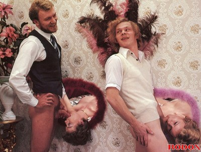 Vintage gloryhole anal orgy in retro pics